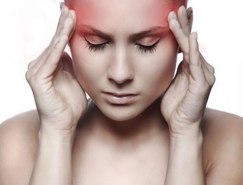 Phương pháp chữa đau nửa đầu hiệu quả chỉ với 2 loại gia vị có sẵn trong nhà