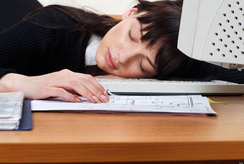 Cẩn thận với triệu chứng đau đầu và mệt mỏi kéo dài