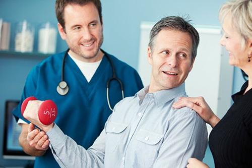 điều trị sau tai biến mạch máu não