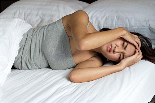 Hình ảnh 6 nguyên nhân khiến bạn đau đầu khi ngủ dậy