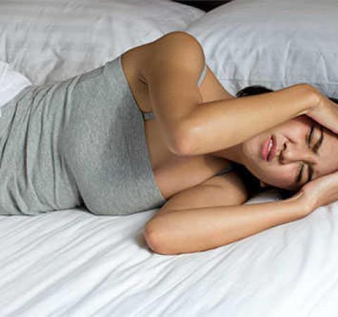 6 nguyên nhân khiến bạn đau đầu khi ngủ dậy