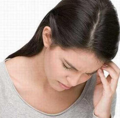 10 nguyên nhân khiến bạn bị chóng mặt, buồn nôn
