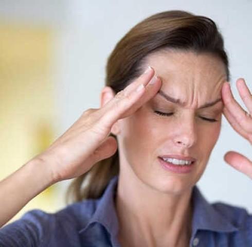 Cần làm gì khi gặp triệu chứng đau nửa đầu