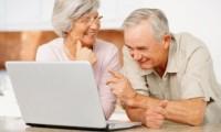 Internet giúp người cao tuổi phòng tránh trầm cảm
