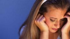 Đau đầu mãn tính - kéo dài gây suy giảm trí nhớ