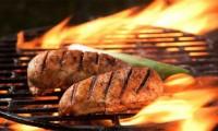 Ăn thịt nướng tăng nguy cơ mắc Alzheimer và đái tháo đường