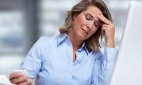 """Nguy cơ đột quỵ """"rình rập"""" người bị đau đầu"""