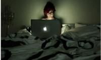 Tác hại không ngờ của thói quen thức khuya đến sức khỏe