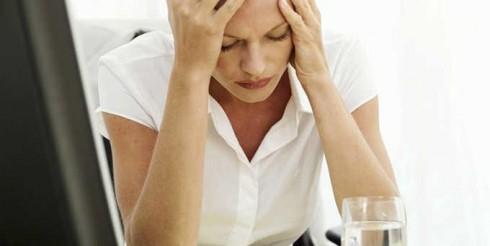 Đau đầu, đau nửa đầu: dấu hiệu sớm của đột quỵ