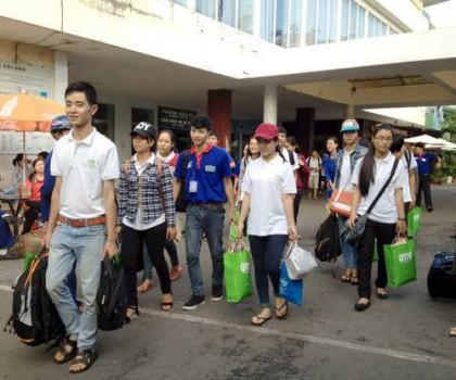 OTiV – Đồng hành tiếp sức cùng thí sinh đến trường thi 2014